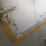 Soffitto dipinto con decorazione Liberty floreale